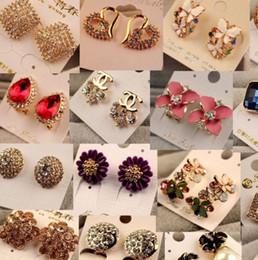 Wholesale Crystal Diamond Stud Earrings - Mix Order Charm Earrings Round Crystal Earrings For Women Silver Gold Plated Stud Earring New Fashion CZ Diamond Drop Dangle Earrings