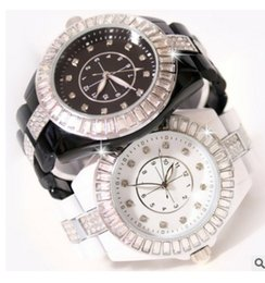 Wholesale Women Watches Big Dials - New Arrival Famous Brand Women Big Dial Diamond Watch Lady Luxury Jewelry Dress Watch Rhinestone Bracelet Full Crystal Bangle