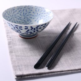Wholesale Japanese Fashion Wholesale Free Shipping - Wholesale- 5 pairs hot Japanese production of high-quality black wood tableware fashion wooden chopsticks free shipping