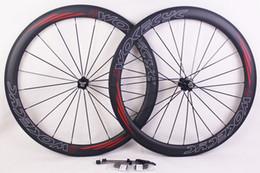 Llantas de ciclismo online-Ruedas de bicicleta de carbono Freno de basalto Surfce llanta Profundidad 50 mm remachador tubular Ciclismo de carretera Bicicleta de carreras Juego de ruedas 700C con bujes Novat