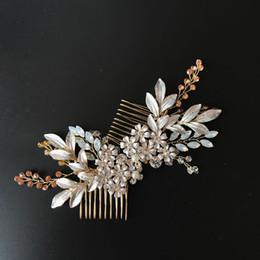 Wholesale Rhinestone Leaf Hair Comb - Handmade Gold Leaf Bridal Hair Comb Set Handmade Bridal Headpiece Rhinestone Beaded Wedding Hair Accessories 2017