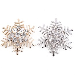 Wholesale Gold Snowflake Brooch - Wholesale- Free Shipping Gold Plated Crystal Rhinestone Bridal Fashion Accessories Snowflake Brooches Pins For Christmas Day Gift
