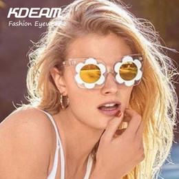 Wholesale Linda Farrow - Wholesale-2016 NEW Fashion Linda Designer HOT sunglasses Farrow Vintage for Women Big size Cat eye Flower Glasses With Accessories Kdeam
