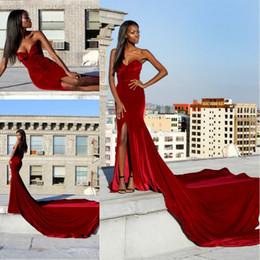 veludo de veludo vermelho Desconto Sereia De Veludo Vermelho Vestidos de Baile 2017 Querida Sexy Alta Dividir Trem Longo Vestidos de Noite Elegante Vestidos de Festa Desgaste da Noite