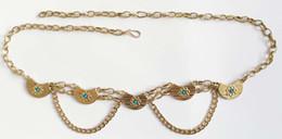 Acryl kettenglieder online-Gold Taillenkettengürtel mit türkisfarbenen Acrylsteinen 5 Gussteile Mondform Metallgürtel mit floralen Details