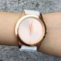 Wholesale Gold Leaf Rose - Fashion Brand Women Men's Unisex 3 Leaves leaf Rose gold dial style Silicone Strap Analog Quartz Wrist watch AD14