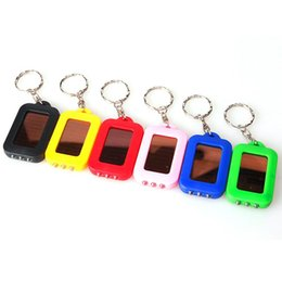 LED-Sonnenenergie Keychain Super kühle Taschenlampen-Licht-Lampe Mini-Schlüsselkette 3 LED mehrfarbige wiederaufladbare freie DHL TNT Fedex von Fabrikanten