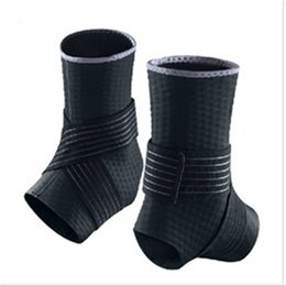 Wholesale Ankle Protection Football - Wholesale- 2 Pcs New Adjustable Ankle Support Pad Protection Elastic Brace Guard Support Badminton   Football   Basketball   taekwondo