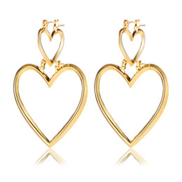 Wholesale Peach Chandelier - v2017 Simple Jewelry Hollow Out Two Piece Earring All-match Peach Love 2 Piece heart Ear Ornaments Can Be Split for Women