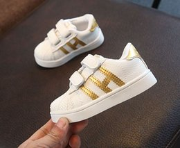 Wholesale Famous Boys - 5colour!2017 Famous brand fashion hot sales baby shoes high quality lighted girls boys shoes Cool casual baby kids sneakers