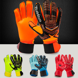 Wholesale Male Guards - 2017 New Two types children Adult male Genuine ST5512 PU Soccer Goalkeeper Gloves Men's gloves with finger guard Full latex gloves goalkeepe