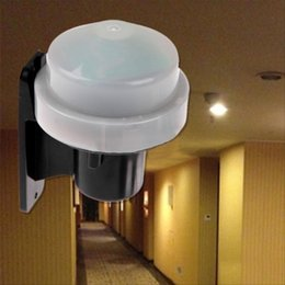 Wholesale Photocell Switches - Wholesale-High Quality Outdoor 230-240V Photocell light Switch Daylight Dusk Till Dawn Sensor Light switch