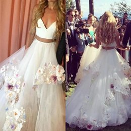 Wholesale Two Piece Bridal Wear - Two Pieces Beach Wedding Dresses Cheap Handmade Flowers Tiered Skit Tulle Bohemia Wedding Dress Custom Made Bridal Gowns Princess Wear