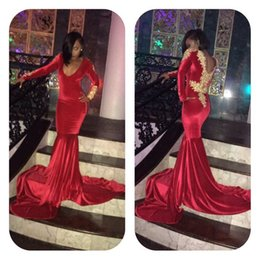 robe formelle bas retour rouge Promotion Sexy Red Scoop Neck Long Sleeve Mermaid Robes de bal 2017 Nouveau Velvet Gold Appliqued Low Back Long Robes de soirée Formal Party Wear