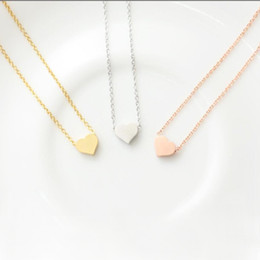 Pequeños colgantes de oro online-Wholesale Tiny Heart Pendant Women Long Chain Necklace Copper Pendants Gold Silver Plated Female Jewelry EFN028-F
