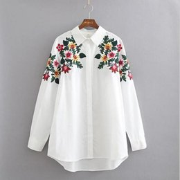 Wholesale Embroidery Floral Top - 2017 New Fashion Design Floral Embroidery Turn-down Collar Shirt Casual Long Sleeve Vintage Women Flowers Tops Workwear White Cotton Blouse