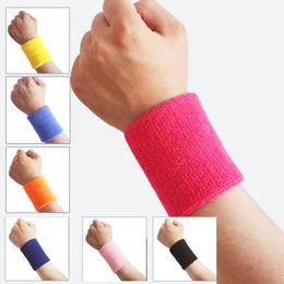 оптовые аксессуары для фитнеса Скидка Wholesale- 1pc Cotton Elastic Breathable Sports Wristbands Sweatbands Gym Workout Washable Fitness Accessories wrist wraps s2
