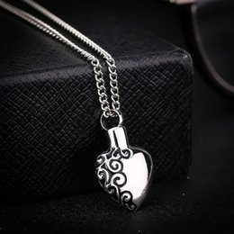 Wholesale Locket Men - Stainless Steel Love Heart Necklace Memorial Cremation Ashes Urn Necklace Locket Pendant Bone Ash Jewelry For Men Women Pendant