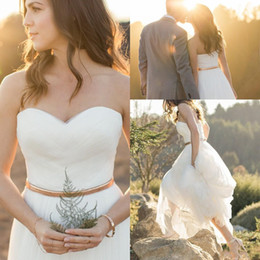 Wholesale Tulle Wedding Gowns Color Belt - 2017 New Sweetheart Country Style A Line Wedding Dresses Tulle Summer Beach Wedding Gowns Floor Length With Gold Belt Custom Bridal Dress
