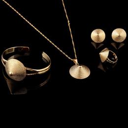 2019 braccialetto d'ottone africano Berretto da cappello in bambù etiope in ottone Anello ciondolo in oro con gioielli ciondolo collana 14k Oro giallo massiccio reale GF Set da sposa africani etiope braccialetto d'ottone africano economici