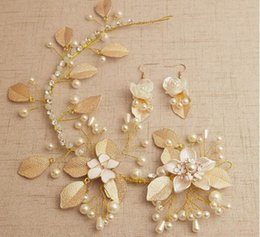 Wholesale Gold Leafs Drop Earring - Bridal Accessories Earrings Head Band Colorful Luxurious Beautiful Pearls Leaf Hair Flower Gold Rhinestone Sweet Wedding Headpieces
