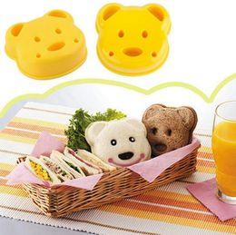 Wholesale Sandwich Mold Cutter - Little Bear Shape Sandwich Mold Cake Cutter Mold Sandwich Maker Bread Plastic Mould DIY Mold Cutter OOA2332