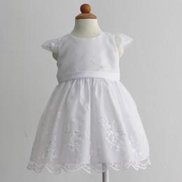 Nouvelle Arrivée Enfants Vêtements Habillés Première Communication Robe Bébé Fille Robe De Baptême Broderie Blanc Beige Multi Styles ? partir de fabricateur