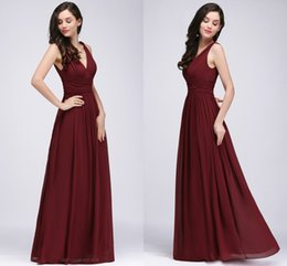 Wholesale Cheap Designer Cocktail Dresses - 2018 New Designer Burgundy V Neck Long Prom Dresses A Line Chiffon Cheap Evening Gowns Floor Length Bridesmaid Dresses CPS723