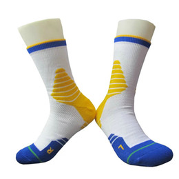 Wholesale Socks Playing - Men's Basketball socks Thick Soles Short Adult Sports Running Anti Slip Play outdoor athletic socks one size