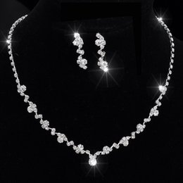 Wholesale Crystal Necklace Choker Earring - Silver Tone Crystal Tennis Choker Necklace Set Earrings Factory Price Wedding Bridal Bridesmaid African Jewelry Sets 14F3AF067