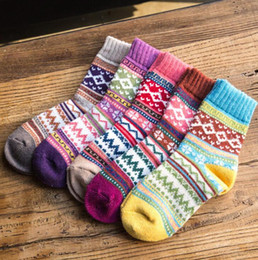 Wholesale Thick Ankle Socks - Wool Socks Winter Women Warm Socks Fashion Colorful Thick Socks Ladies Girls Retro Rabbit Wool Casual Snowflake Sock 5 design KKA2182