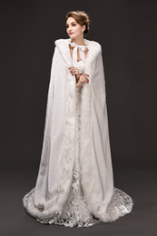 Wholesale Victorian Bridal Accessories - 2018 New Hot Bridal Cape Wedding Cloaks Faux Fur Winter Victorian Style Bridal Capes Wedding Cloaks Bridal Accessory