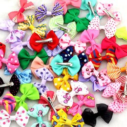 """Wholesale Hair Clips Little Girl Ribbon - Wholesale- 10Pcs lot New 2.5""""Ribbon Bow clip Girl little hair top clip Dot Printed Solid Bow Hairpin for Baby Children accessories for hair"""
