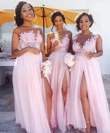 2019 vestido de fiesta vestido rosa 2017 Blush Pink Lace Appliqued Vestidos de dama de honor gasa de la longitud del piso altas rendijas Maid Of Honor Prom Vestidos Wedding Party Dress BM0146 vestido de fiesta vestido rosa baratos