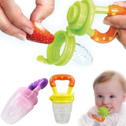 Wholesale Wholesale Baby Food Feeder - Nipple Fresh Food Milk Nibbler Feeder Feeding Tool Safe Baby Bottles Pacifier Supplies Must tool 3 Size available