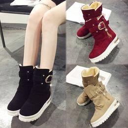 Balanço de veludo on-line-2017 Novas Mulheres de Inverno Botas Além de Sapatos de Balanço de Veludo Botas de Neve Botas de Neve Térmica Feminina Térmica-Acolchoado Botas Ankle Boots