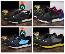 2019 nombres de calzado 2018 Nuevo Nombre Marca Colores Mezclados Calzado Casual Hombre Mujer Race Runner Shoes Diseñador de Moda Plano Low Cut Patchwork Cuero Mesh Run Shoe rebajas nombres de calzado