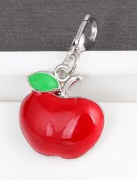 Maçãs flutuantes on-line-20PCS lot Red Apple Floating Pendant Charms Fit For Magnetic Memory Locket Necklace Bracelet Jewelry Making