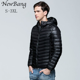 Wholesale White Duck Feathers - Wholesale- 2017 Casual Men Ultralight Down Jacket Men's Warm Jackets With A Hood Outdoors Lightweight Coat Feather Puffer Parka