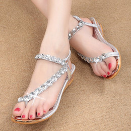 Wholesale gold diamond sandals - 2017 summer new women student Diamond Beads sandals sweet pearl flip Rome shoes gold and silver Rhinestone