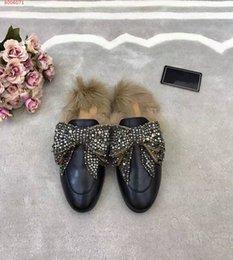 Canada Les nouvelles pantoufles en cuir haut de gamme sont confortables et faciles à respirer, avec des chaussons pour femmes cheap easy bows Offre