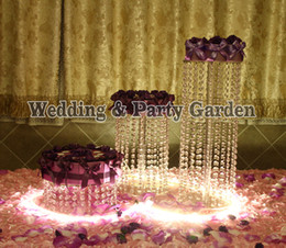 Wholesale Crystal Cake Stand Set - 3pcs set Cake Stand Fondant Cake Rack Crystal Acrylic Round Cupcake Wedding Anniversary Craft Display Homestyle D25,30,H45,30,15