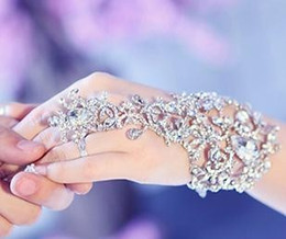 Wholesale Wedding Gloves Fingerless - In Stock Sparking Fingerless Crystal Flower Bridal Hand Chain Women Dancing Hand Bracelet & Bangles Jewelry Bridal Glove Wedding Accessories