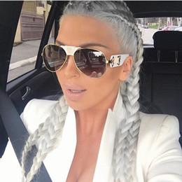 Wholesale Anti Ultraviolet - High Quality Fashion Women Brand Designer Retro Pierced Female Sun Glasses Fine Fashion Sunglasses Anti-Ultraviolet Sunglasses