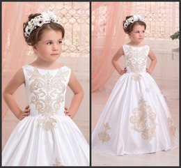 Wholesale Dress Golden Brown Color - White Girls Satin Formal Wear Jewel Neck Sleeveless Golden Appliques Floor Length Charming Gorgeous Design High Quality Formal Dress Kids