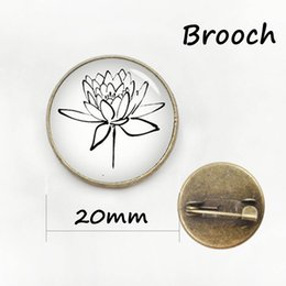 Wholesale Clover Brooch Pin - The latest fashion four leaf clover pin Simple design plant beautiful flower Art Picture Glass Cabochon badge women brooch