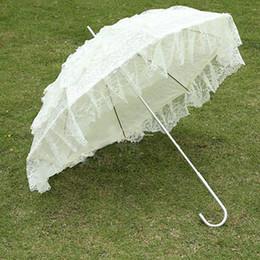Wholesale White Lace Parasol Umbrella Wholesale - Fashion Princess Miss Lace Umbrellas Sun UV Protection Umbrella Aesthetic Vintage Wood Long White Color Lace Parasol