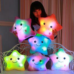 2019 rodas de trabalho ao atacado Wholesale- Luminous pillow Christmas Toys Led Light Pillow plush Pillow Hot Colorful Stars kids Toys Birthday Gift