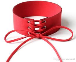 2019 collier lié Accessoires de style créatif colliers de chaîne à laçage au cou de ruban de velours large collier Punk lier la personnalité collier lié pas cher