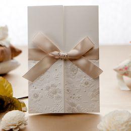 Wholesale Invitation Design Flowers - 50pcs Invitations Cards with Ribbon Bow Envelopes Seals Flower Pattern Wedding Party Invitation Unique Design B1113